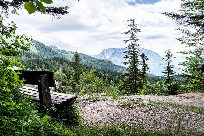 Ausblick beim Steinschlag auf dem Weg zur Hütteneckalm